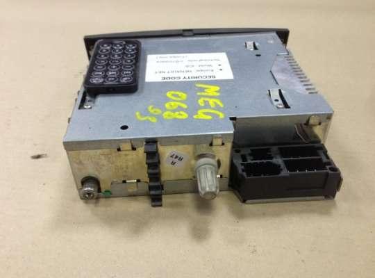 Дисплей бортового компьютера на Renault Scenic II