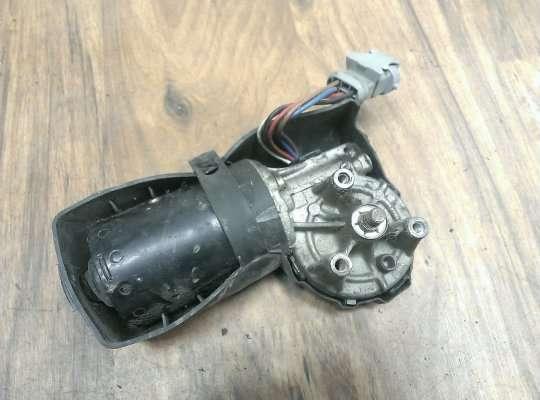 Моторчик стеклоочистителя на Renault Scenic RX4