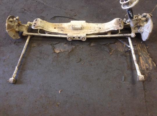 Балка подвески задняя на Mazda Xedos 6 CA