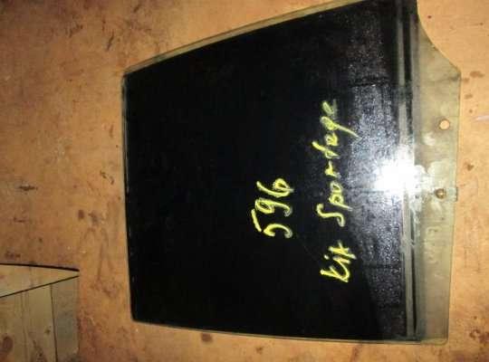 Стекло боковое двери на Kia Sportage I (JA, K00)