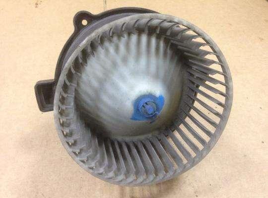 Мотор отопителя (печки) на Kia Sorento I (JC, BL)