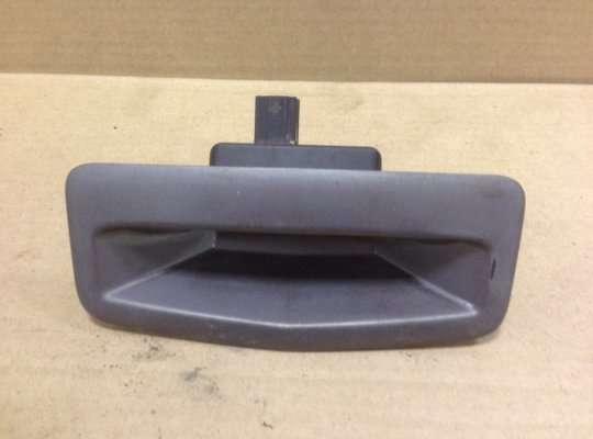 Ручка крышки багажника (задней двери) на Renault Megane II