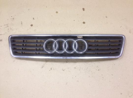 Решетка радиатора на Audi A6 (C5)