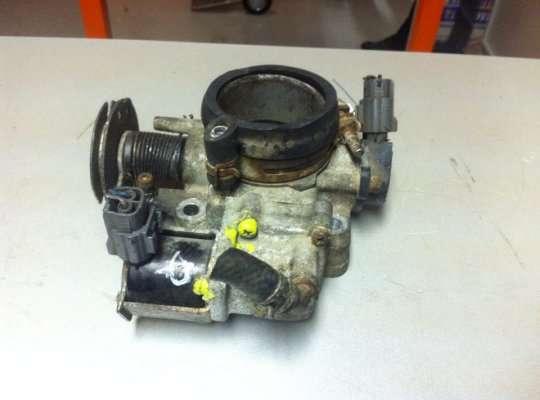 Заслонка дроссельная на Mazda 323 (BA) 323C/ 323F/ 323S/ 323P