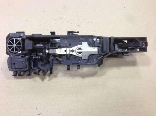 Ручка двери наружная на Renault Megane II